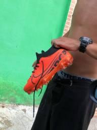 Chuteira de trava da Nike