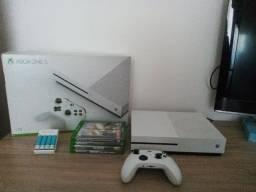 Título do anúncio: Xbox One S 1 TB