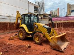 Retroescavadeira Caterpillar 416F2 - 2020