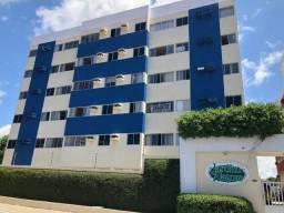 Apartamento com 2 quartos no Edifício Jardim Alagoas farol
