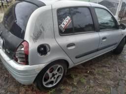 Clio 2002 8v 4p - 2002