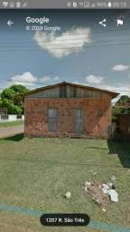 Vende-se uma casa em Humaitá