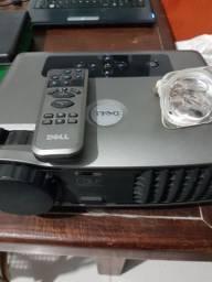 Projetor Dell com lâmpada extra. Leia a descrição