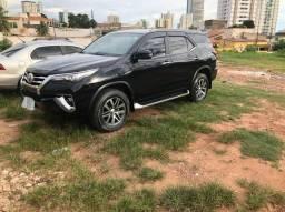 Hilux sw4 srx 4x4 automático 7 lugares - 2018