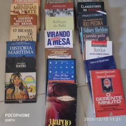 Vários livros por 5 reais