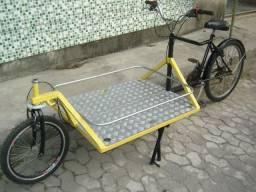 Bicicleta de carga com plataforma dianteira