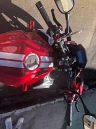 Moto CB 500F