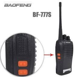 Kit 2 Rádio Comunicador e Transmissor Walk Talk Baofeng Bf777s