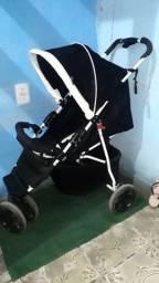 Título do anúncio: Carrinho De bebê Muito Bem Conservado