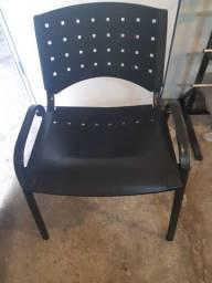 Título do anúncio: Três cadeiras