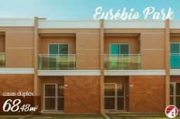 Casa a venda em Condomínio no Eusébio de 2 quartos