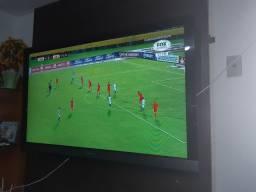 Vendo TV led 52 polegadas por 1350