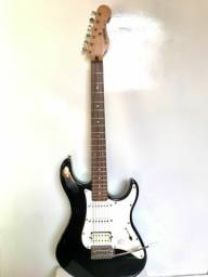 Título do anúncio: Guitarra Yamaha Eg 112 rara leia
