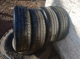 Vendo pneus 205 75 16