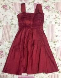 Título do anúncio: Vestido de Festa Cariátides Vermelho, tam. P