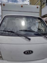 Caminhão Kia Bongo *)