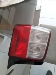 Lanterna traseira esquerda uno mille 2010
