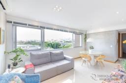 Título do anúncio: Apartamento de 2 dormitórios, suíte e 2 vagas de garagem no bairro Santana em Porto Alegre