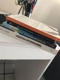 Vendo livros (Perfeito estado)