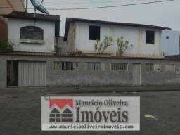 Casa no centro de Teixeira de Freitas