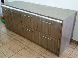 Buffet / armário em MDF 2 portas + 4 gavetas, pode ser usado em sala de jantar