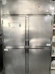 Geladeira Industrial 1300 litros
