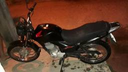 Vendendo Moto 4 Mil - Valor a negociar - 2011