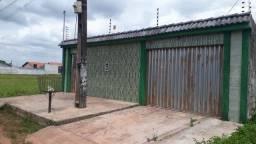 R$1.100 reais Aluga-se uma casa 3 quartos com edícula bairro Novo estrela