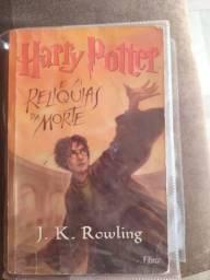 Livro Harry `Potter e As Relíquias da Morte
