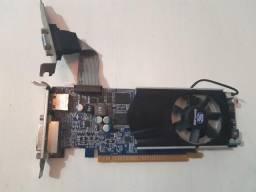 Placa de Vídeo AMD Radeon HD 6570