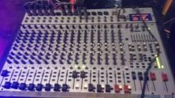 Mesa de som ALTO L20 de 20 canais