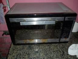 Vendo um forno elétrico