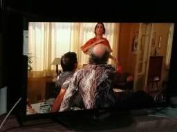 Vende-se uma tv