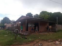 Vendo essa casa no bairro Jutaí.