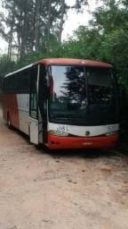 Ônibus G6 volvo b7 com mecânica O 400 ano 2001 modelo 2002