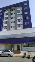 Excelente Apartamento semimobiliado unificado no Centro de Itajaí