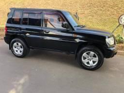 PAJERO TR4 2003/2004 2.0 4X4 16V 131CV GASOLINA 4P AUTOMÁTICO