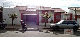 Casa com 3 dormitórios à venda, 175 m² por R$ 210.000