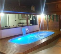 Locação Temporada - Casa com Piscina 3 dormitórios em Balneário Camboriu