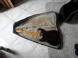 Capa para guitarra acolchoada