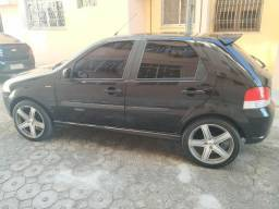 Fiat Palio Essence 1.6 2010/2011 - 2011