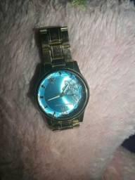 Vendo relógio novo