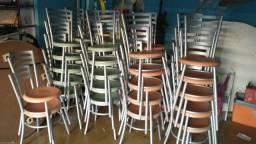 "Título do anúncio: Cadeiras de ferro "" Torro"""
