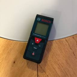 Título do anúncio: Medidor de distância Trena À Laser Glm40 Bosch