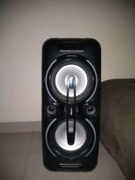 Título do anúncio: Caixa de som Aiwa com bateria
