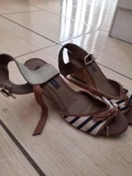 Vende- se calçados número  38/39