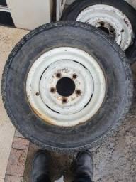 Título do anúncio: 2 rodas de land rover defender
