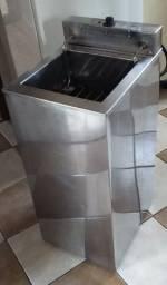 Vendo Fritadeira Elétrica de Piso Venâncio Água/Óleo 18 Litros - 220V