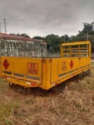 Vendo carroceria para transporte de gás