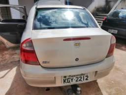 Corsa Maxx sedan com GNV